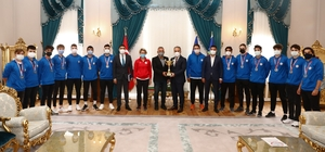 Tarih yazan sporculardan Başkan Aktaş'a ziyaret