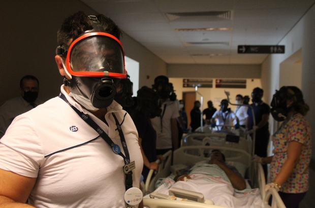 Elazığ'da 6.8'lik deprem tatbikatı gerçeğini aratmadı Elazığ'da Fethi Sekin Şehir Hastanesi'nde deprem ve yangın tatbikatı yapıldı