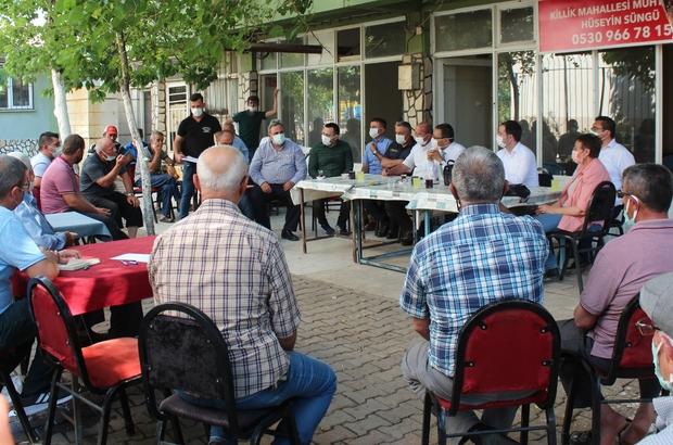 Alaşehir'de 'Tarım buluşmaları' başladı Manisa'nın Alaşehir ilçesindeki 87 mahallede gerçekleştirilecek olan tarım buluşmalarının ilki Killik Mahallesinde yapıldı Proje kapsamında üreticilerin tarımsal faaliyetler konusunda bilgilendirilmesi amaçlanıyor