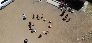 Pandemiden dolayı arkadaşlarını özleyen öğrenciler, doyasıya eğlendi