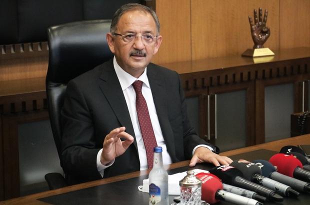 """AK Partili Özhaseki: """"Bunların ihtiyacı heykelmiş"""" AK Parti Genel Başkan Yardımcısı ve Yerel Yönetimler Başkanı Mehmet Özhaseki: """"(CHP'li belediyeler) Durmadan bir açlık edebiyatı yapıyorlar ama ellerindeki imkanlarla da bakıyorsun bol bol heykel açıyorlar"""""""
