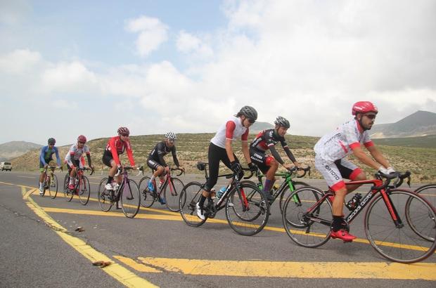 Bisiklet Milli Takımı Erciyes'te güç topluyor