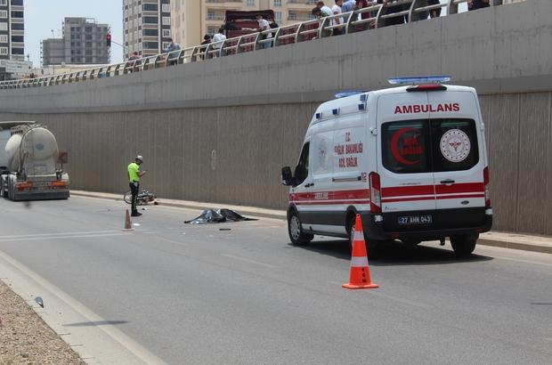 Sollama yapan tanker motosiklete çarptı: 2 ölü