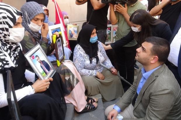 AK Parti Gençlik Kolları Genel Başkanı İnan'dan evlat nöbeti tutan ailelere ziyaret