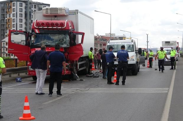 Sivas'ta zincirleme trafik kazası: 1 yaralı Sivas'ta 5 aracın karıştığı zincirleme trafik kazasında 1 kişi yaralandı