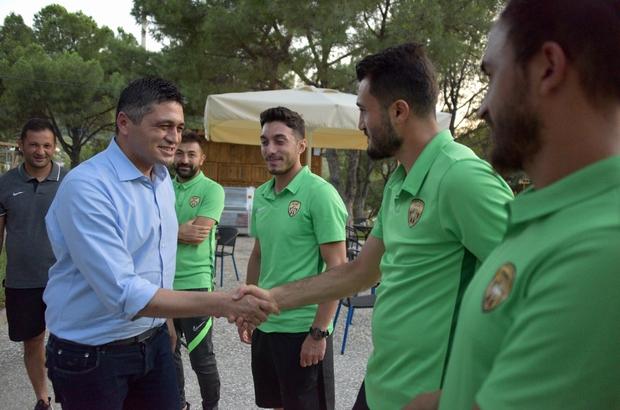 Aliağaspor FK, Güzelhisar Tesislerinde bir araya geldi Aliağa Belediye Başkanı Serkan Acar'dan birlik ve beraberlik vurgusu