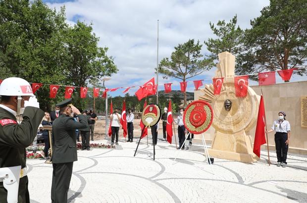 Atatürk'ün Sivas'a Gelişinin 102. Yıl Dönümü İlk Adım Anıtında kutlandı Sivas'ta Gazi Mustafa Kemal Atatürk'ün Sivas'a ilk kez gelişinin102'inci yılı sebebi ile tören düzenlendi