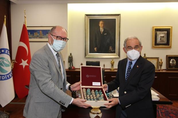 Rektör Erdal'dan Başkan Büyükerşen'e iade-i ziyaret