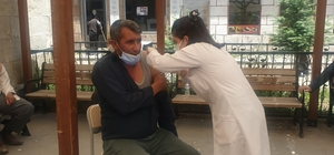 Diyadin'de birçok noktaya aşı standı kuruldu