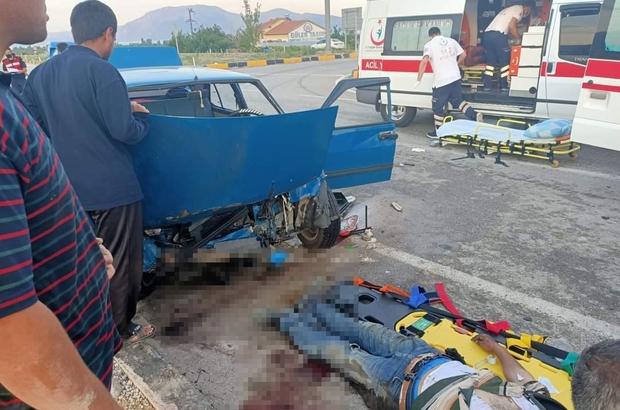 Isparta'da otomobiller çarpıştı: 9 yaralı