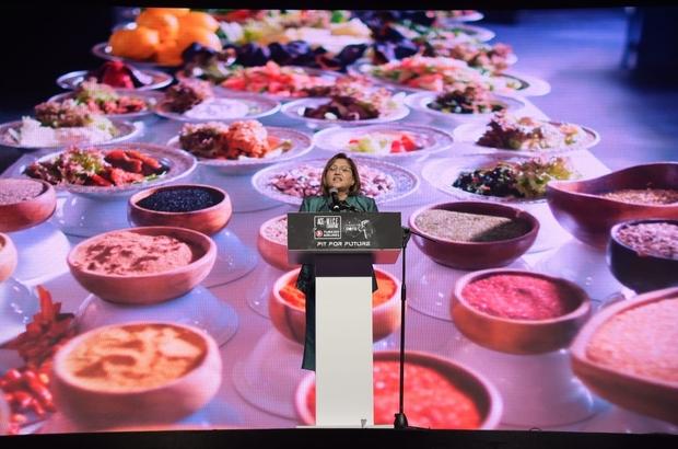 Şahin Gastroshow açılış programına katıldı