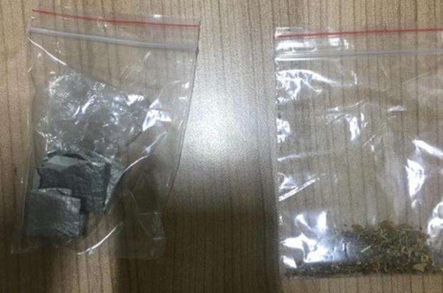 Paket içine sakladığı uyuşturucuyu bekçiler buldu