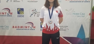 Manisalı Badmintoncu Ravza Bodur Sırbistan'da üçüncü oldu