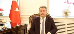 Başkan Palancıoğlu öğrenci Derin Şahin'i tebrik etti