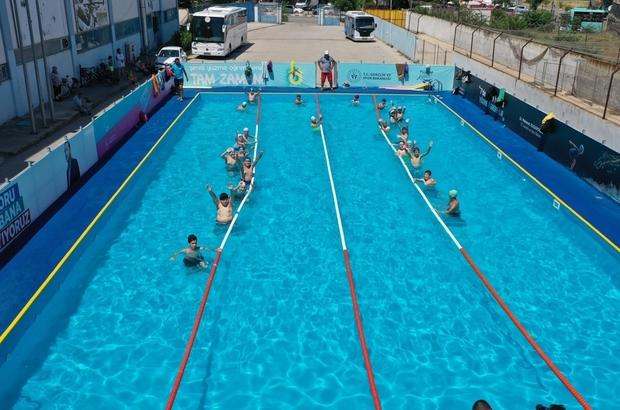 Manisa'da hedef 30 bin çocuk ve gence yüzme öğretmek