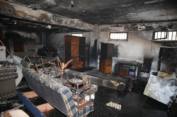 Apartman deposundaki yangında maddi hasar oluştu Dumandan etkilenen 2 kişiye olay yerine gelen 112 Acil Servis ekipleri müdahale etti