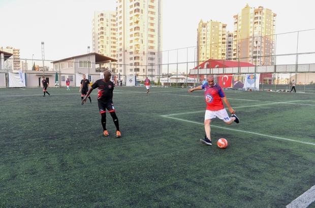 Yenişehir Belediyesi Bahar Futbol Turnuvası başladı Turnuvanın açılışında, Türkiye liglerinde bir dönemin yıldız futbolcuları ile Mersin İdman Yurdunda geçmişte forma giyen futbolcular gösteri maçı yaptı