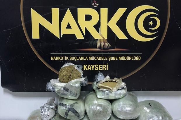 Kargo aracında uyuşturucu ticaretine 1 tutuklama