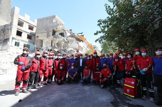 Şahinbey Belediyesi'nden gerçeği aratmayan deprem tatbikatı