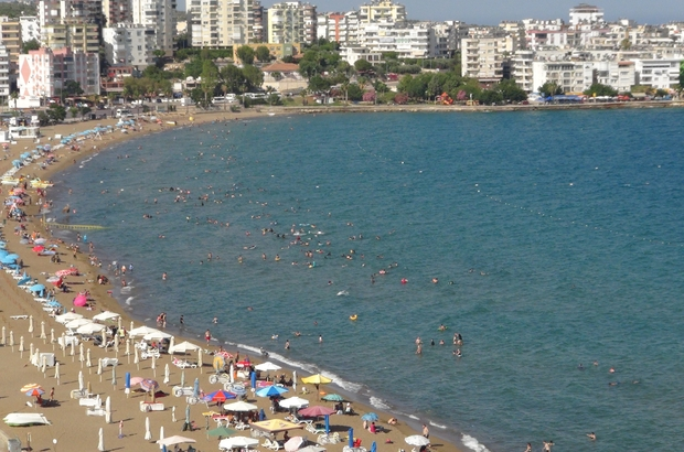 Yasaklar kalktı sıcaklar arttı, tatilciler denize koştu Mersin'deki turistik tesis işletmecileri Kurban Bayramı'nda da umutlu olduklarını belirtti