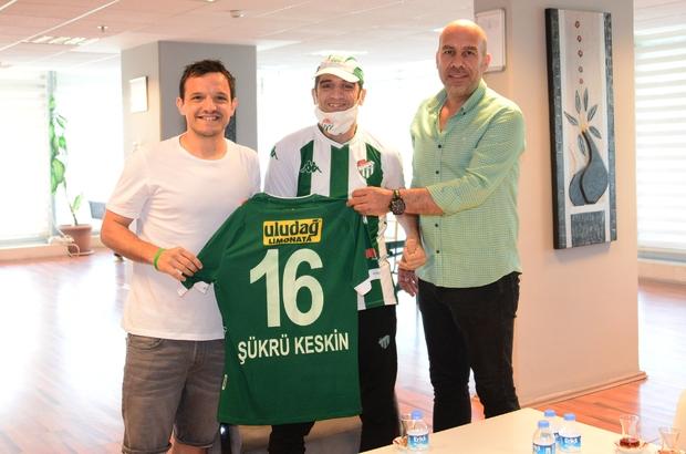 Bursaspor taraftarı Şükrü Keskin, kulübü ziyaret etti