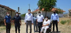 Selendi'de engelli vatandaşlara tekerlekli sandalye desteği
