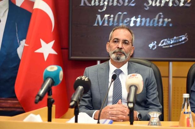 Başkan Bozdoğan, tenis kulübü eleştirilerine yanıt verdi Tarsus Belediye Meclisinde konuşan Başkan Bozdoğan, tenis kulübünü halka açmak istediklerini, belediye meclisinin süresiz tahsis yapma yetkisi olmadığını söyledi