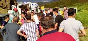 Ağrı'da yolcu otobüsü devrildi: 27 yaralı Yaralılar ambulans helikopterle hastanelere sevk edildi