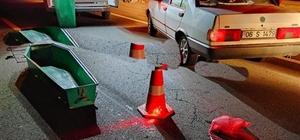 Motosiklet sürücüsünün feci ölümü Art arda 3 aracın çarptığı sürücü öldü Aynı istikamette giden 3 otomobil motosiklete çarptı: 1 ölü, 1 yaralı