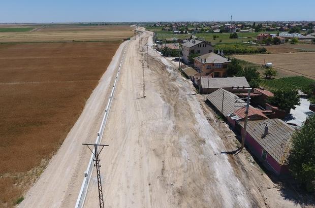 Karatay Belediyesi'nin bölgedeki yol genişletme çalışması devam ediyor