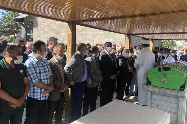 TÜRSAB Kuzeydoğu Anadolu BTK Başkanı Kürşat Özeken son yolculuğuna uğurlandı