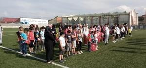 Pazaryeri'nde açılan yaz spor okullarında 6 branşta 391 sporcu eğitim görecek