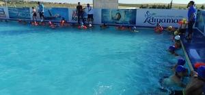 Samsat'ta yüzme havuzu hizmete girdi