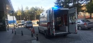 Kulu'da ATV motoru duvara çarptı: 3 yaralı