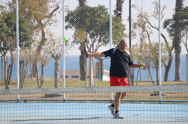 Ücretsiz tenis kortları haftada 500 kişiyi ağırlıyor