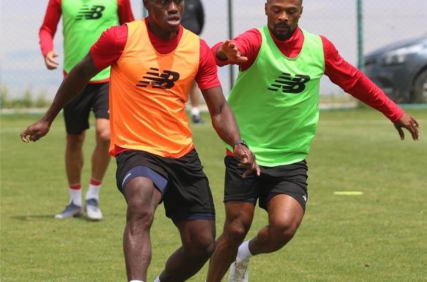 Antalyaspor, yeni sezon hazırlıklarını Erzurum'da sürdürüyor Ülkesinden dönen Amilton, karantinası bittikten sonra takımla çalışmalara başlayacak
