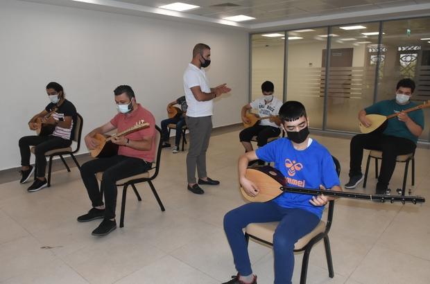 Şahinbey Belediyesi öğrencileri konservatuara hazırlıyor