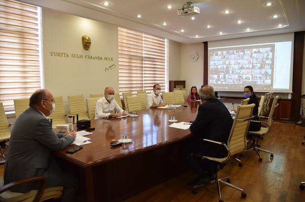 Manisa'da değeri 8 milyar 705 milyon lira olan 406 kamu yatırımı projesi uygulanıyor
