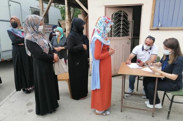 Erzincan'ın köylerinde Covid-19 aşılaması devam ediyor