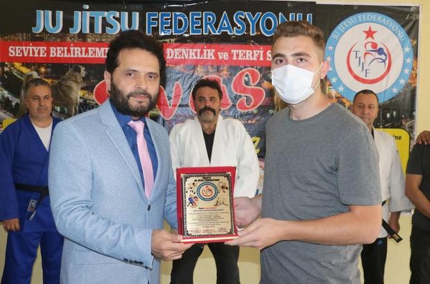 Ju Jitsu Federasyonu'ndan İHA'ya teşekkür plaketi Ju Jitsu antrenörlük ve hakemlik semineri sona erdi