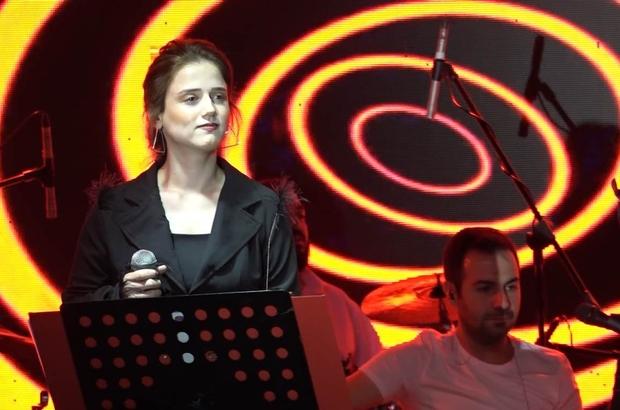 Tek isteği Ebru Gündeş ile düet yapmak Zehra Gülüç Bodrum'u salladı