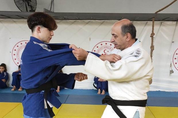 Yunusemreli judoculara duayen isimlerden teknik ders