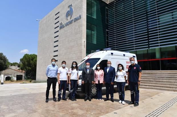 Denizlili iş adamı 3. ambulansı bağışladı