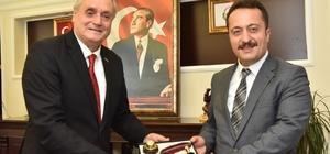 Bilecik Valisi Şentürk'ten veda ziyareti