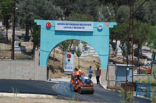 Mersin'deki mezarlıklarda yol çalışması yapıldı
