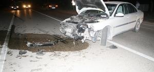 Konya'da hafif ticari araç ile otomobil çarpıştı: 1 yaralı