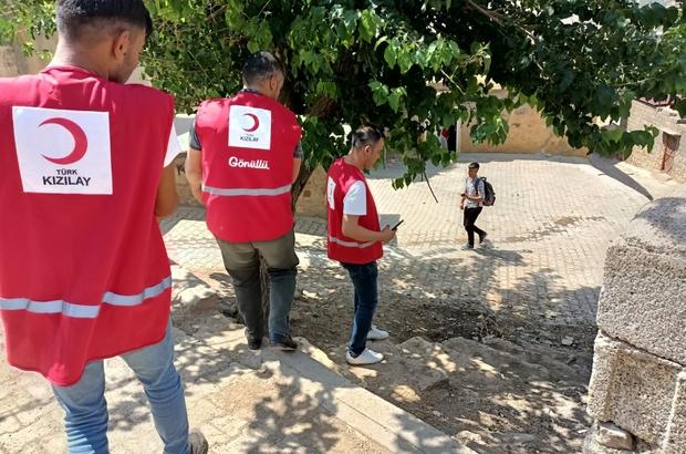 Türk Kızılay Derneği Hazro'da yoksul ailelere gıda kolisi dağıttı