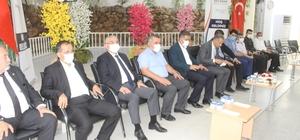 Adıyaman'da protokol üyeleri vatandaşlarla bayramlaştı