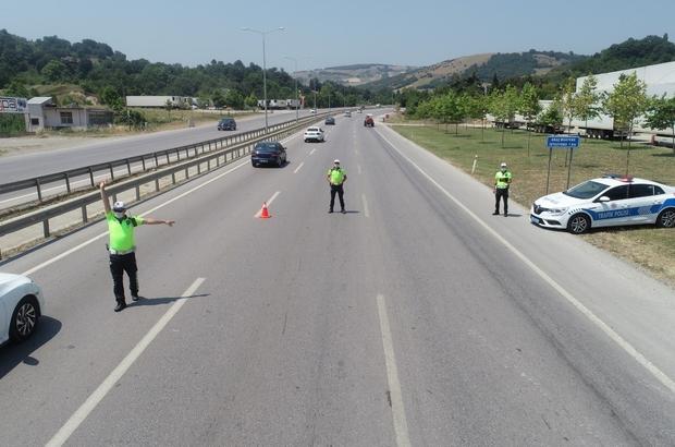 Samsun'da emniyetten trafik denetimi seferberliği Her 9 kilometreye bir ekip düşecek şekilde planlama yapıldı