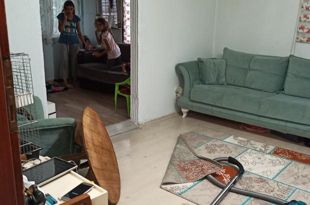 Düzce'de su taşkını köy yollarını kapattı Taşan dereler nedeniyle bir ev ve bir otomobil zarar gördü
